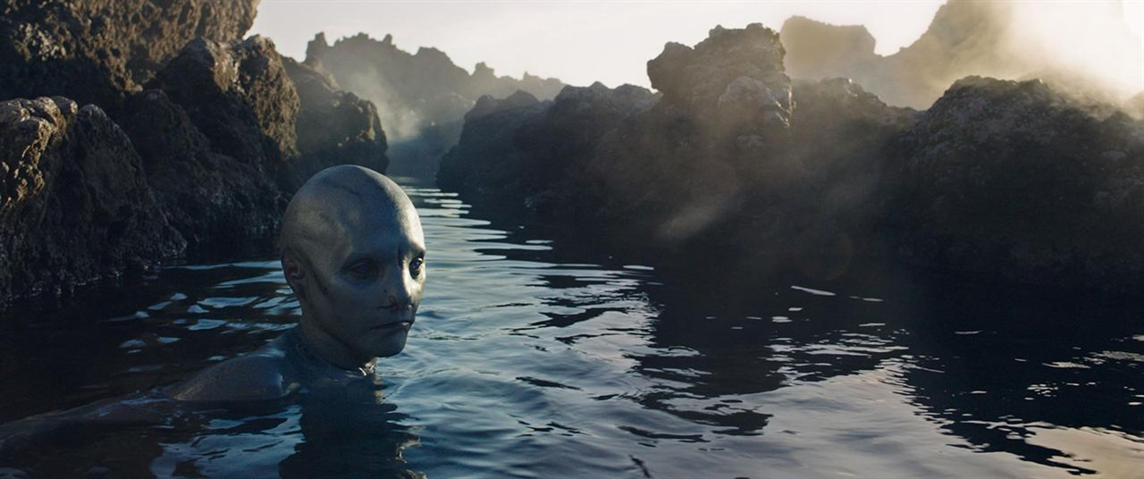 Movie Review Men Vie For A Monster In Cold Skin Rue Morgue