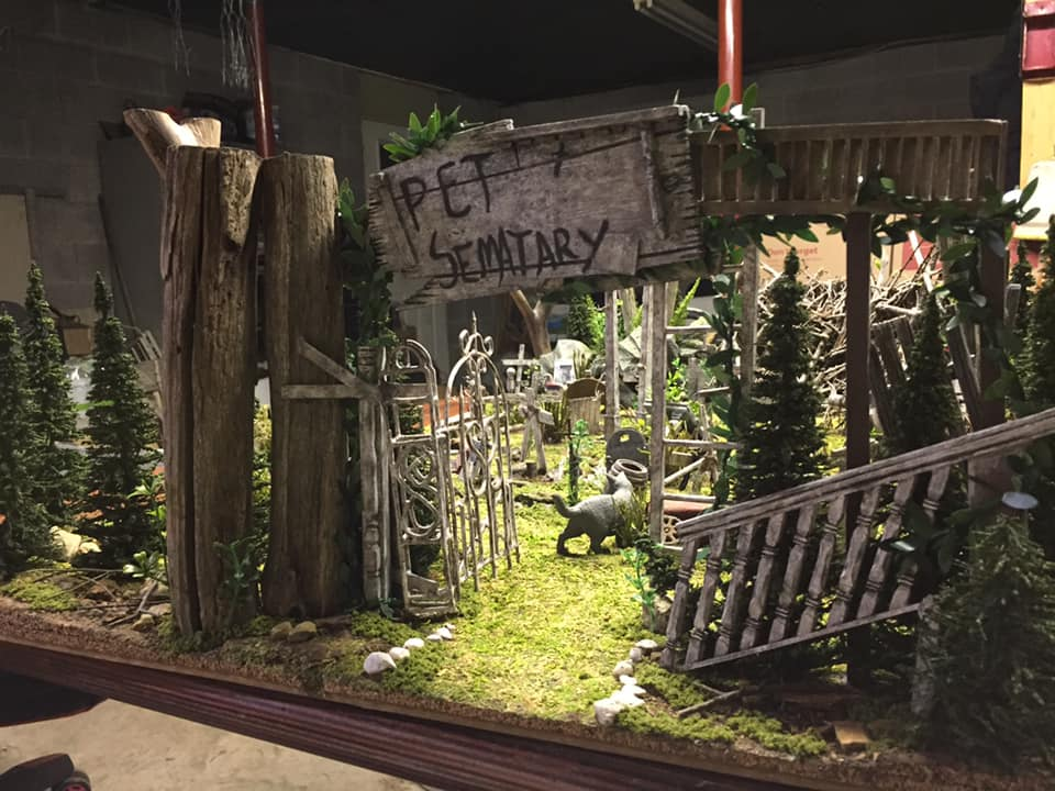 "Horror Express Studios Exhumes A Large Scale ""Pet Sematary"" Model"