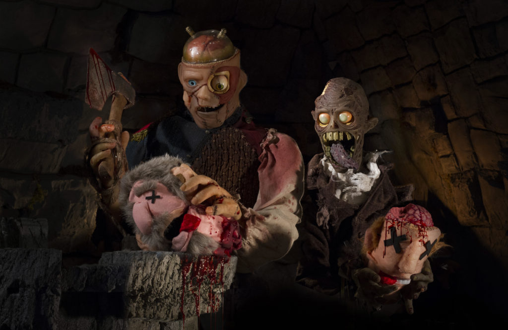 "First photos released from Nightstream-premiering puppet horror film ""FRANK & ZED"" 