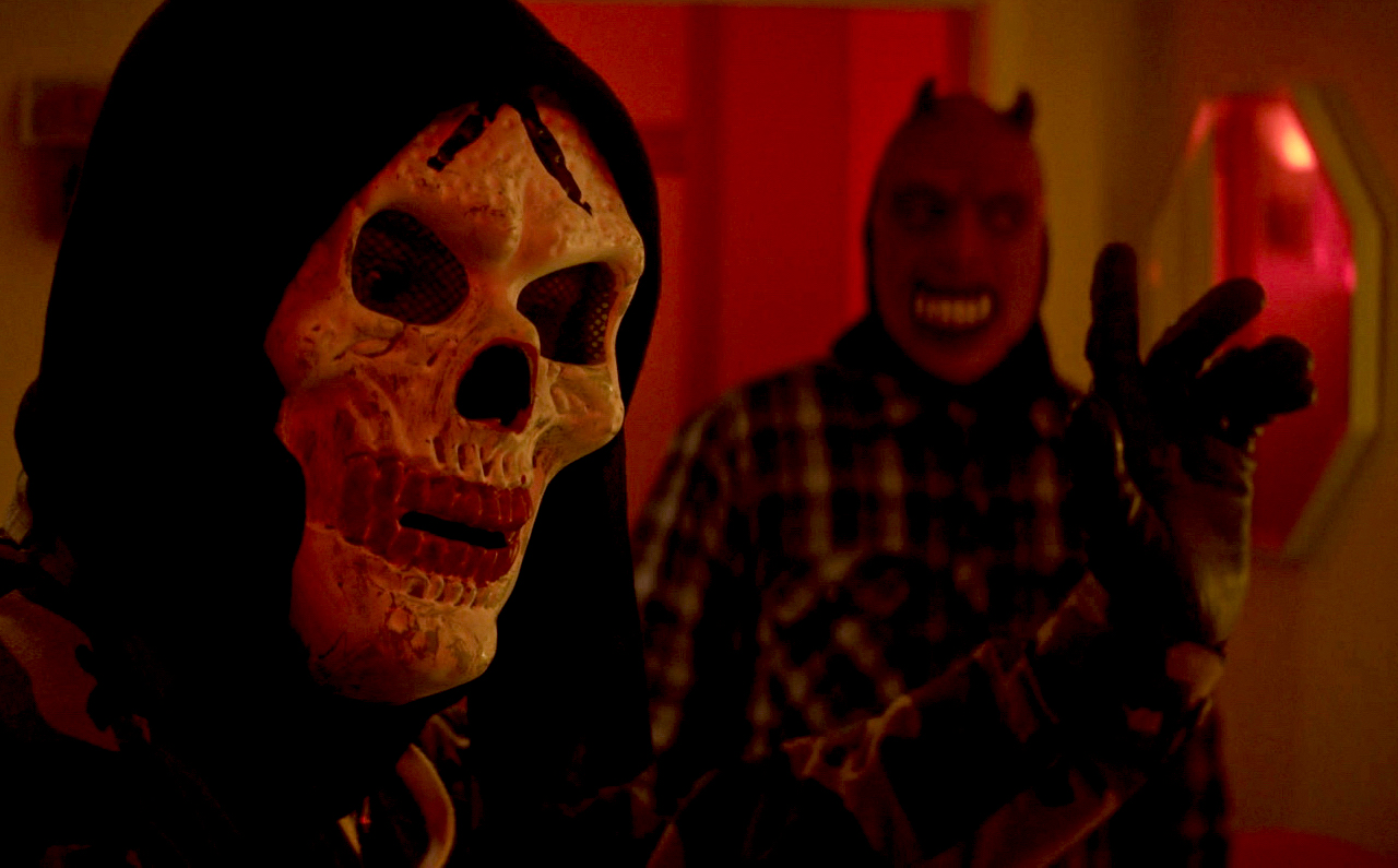 """Exclusive clip: Home-invasion horror in Dread's """"FOR THE SAKE OF VICIOUS"""" - Rue Morgue"""